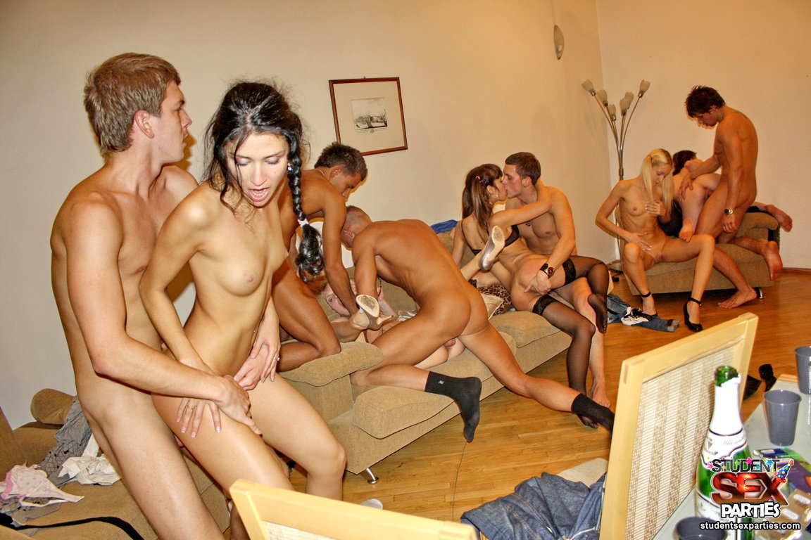 college girls throw the orgy party v